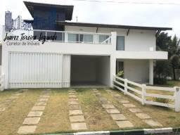 Título do anúncio: Casa 5 suítes em Guarajuba alto padrão finamente decorada a poucos metros do mar!