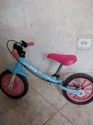 Bicicleta do equilíbrio.