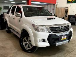Título do anúncio: Toyota HILUX CD4X4 STD