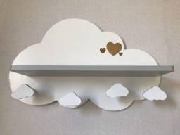 Prateleira decorativa nuvem