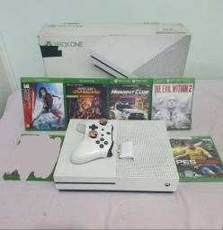 Título do anúncio: Xbox One S com 5 jogos