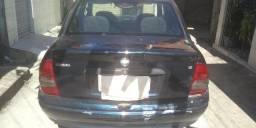 Corsa Sedan completo quatro portas