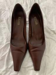 Sapato bico fino Mc Benett