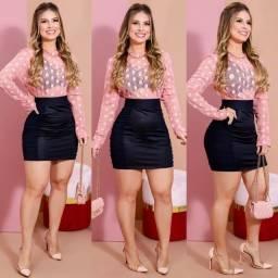 Título do anúncio: Conjunto Blusa Rose / saia couro preta veste 38/40