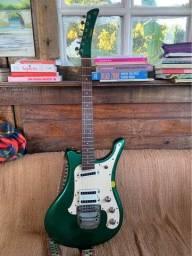 Guitarra Yamaha SGV 300