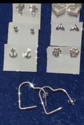 Título do anúncio: Brinquinhos de prata 925, pulseiras e colar