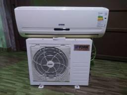Ar condicionado york 9000 BTUs