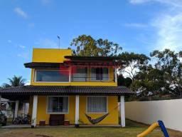 Casa 4 suítes em excelente condomínio na Estrada do Coco.