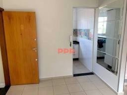 Título do anúncio: Apartamento com 2 dormitórios à venda, 50 m² por R$ 239.000 - Castelo - Belo Horizonte/MG
