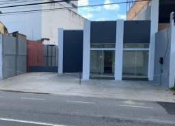 Ponto Comercial c/ Amplo Estacionamento Próprio - Rua Barão de Miracema a 100m da Pelinca
