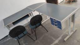 Mesa Escritório c/ arquivo e cadeiras