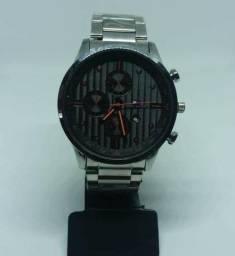 5457a56f942 Relógio Tommy