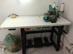 Máquina de costura industrial orveloque