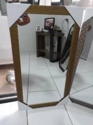 Espelhos com molduras a preços especiais