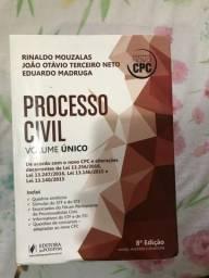 Livro jurídico