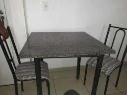 Vendo Mesa e Sofá 450R$