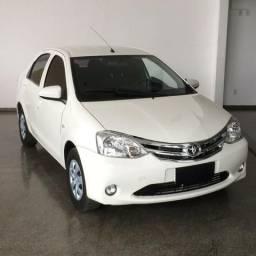 Toyota Etios etios xs completo - 2014
