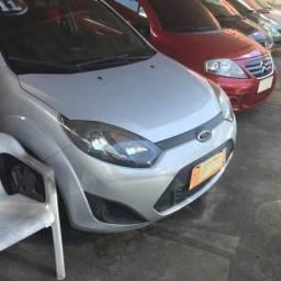 Ford/fiesta 1.0 hatch/2011 vd/trc/financ c/entrada - 2011