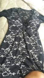 Vendo esse vestido de renda com bojo