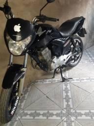 Vendo Titan 150 2013