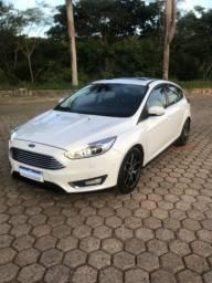 Ford Focus Titanium Top