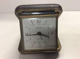 Relógio alemão de corda antigo