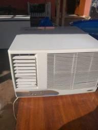 Ar condicionado de parede 10 mil BTUs 220 woltz