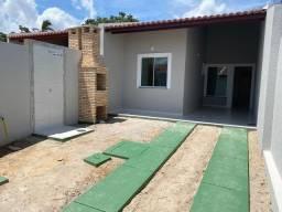 Casas Novas, 86m2, Ampla Sala, 2 Suítes, 2 Vags, Churrasqueira e Chuveirão
