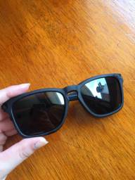 óculos oakley com lente polarizada