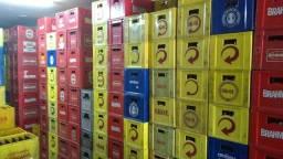 Engradados de cerveja com 24 garrafas de 600 ml - marcas Ambev, Brahma, Skol