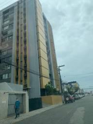 ALUGO apartamento 100m2