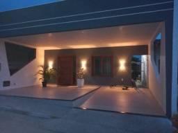 Casa 2/4 Em Condomínio Com Piscina E Quadra No Bairro Pedra do Descanso