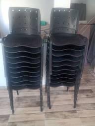 Vendo Cadeiras Semi Novas Barato !