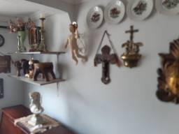 Acervo de antiguidades a venda