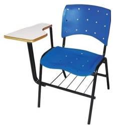Título do anúncio: Cadeira Escolar modelo Universitária Plástica com Prancheta