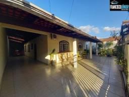 Título do anúncio: Casa no Jardim Europa, 3 quartos (1 suíte), 2 salas, lote 390m², perto do Assaí