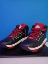 Título do anúncio: Jordan Team Shoes
