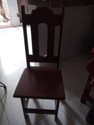 Vendo 4 cadeiras de angelin cada uma 100