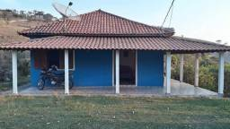 Linda Chácara de 5.000m², no Bairro Barreirinho, Delfim Moreira/MG. Fica a 5km do Centro