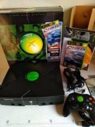 Título do anúncio: Xbox Clássico na caixa completo