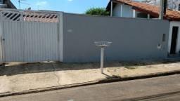 Vende ou Aluga - Casa Melhor Localização do PQ. Bandeirantes