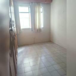 Título do anúncio: Aluguel apartamento 2/4 na melhor localização do Imbuí, Salvador Bahia