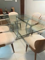 Mesa de jantar (sem cadeiras) novíssima