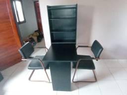 Mesa e cadeiras escritório!