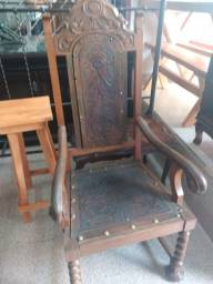 Título do anúncio: Cadeira antiga de embuia Itapeva SP