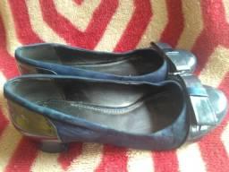 Sapatos de salto tamanho 34