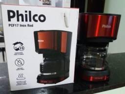 Cafeteira elétrica Philco.