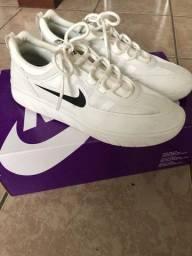 Tênis Nike SB Nijah 2 branco, tamanho 39