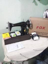 Máquina  FOX PRETINHA. NOVA NA CAIXA.  800 à  vista  ou 5X de 185 $ No Cartão de crédito.