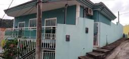 Excelente casa 02 quartos Rua Covanca